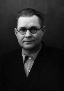 Е.Ф. Драгунов в 1958 г. Таким он начал работу над СВД